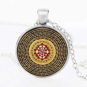 Лакшми, ръчно изработен медальон смандала