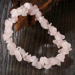 Розов кварц, гривна, естествен камък, чипс ситен 5-7мм.