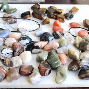 Медальон, естествен камък, уникати, различни видове