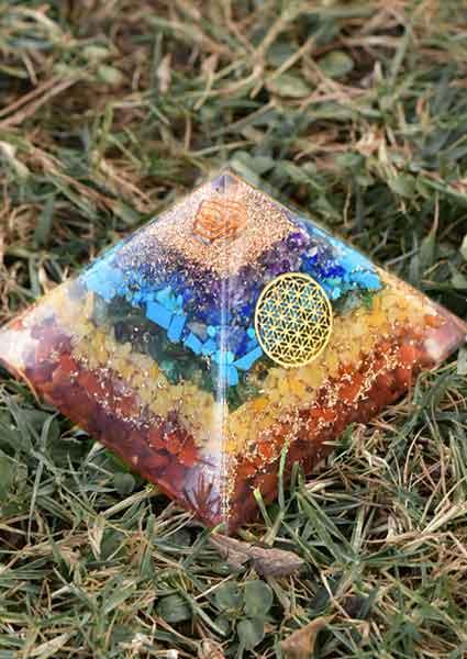 piramida-orgonit